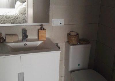 Dormitorio principal - Baño I-min